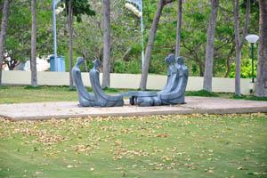 Скульптуры с формой людей