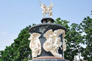 Это самый высокий фонтан здесь