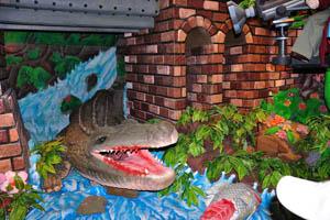 Филми Диния: открытый рот крокодила