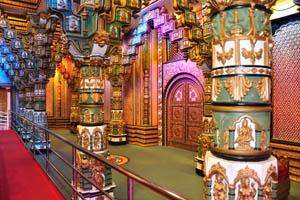Бхагаватам Сэт: декоративные столбы