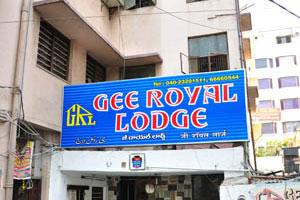 Отель Gee Royal Lodge