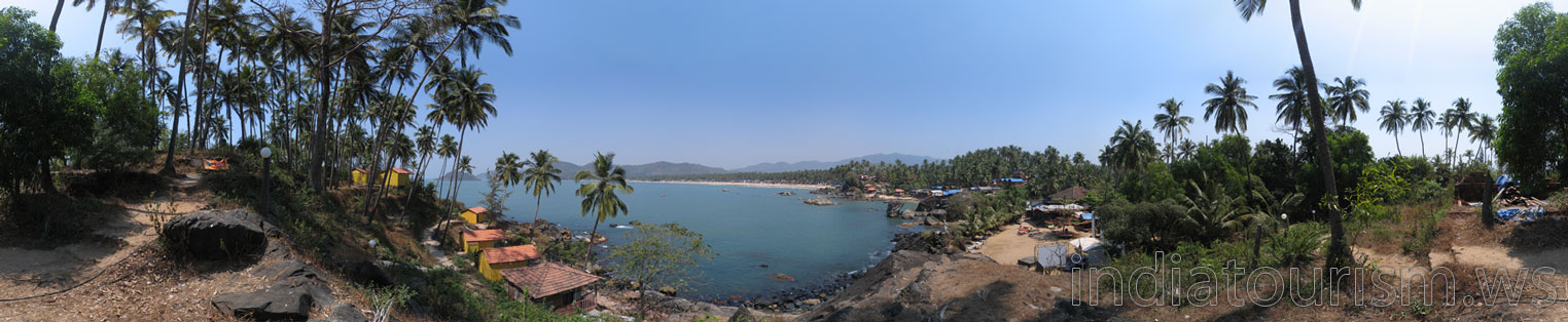 Palolem beach as seen from the Neptune Point
