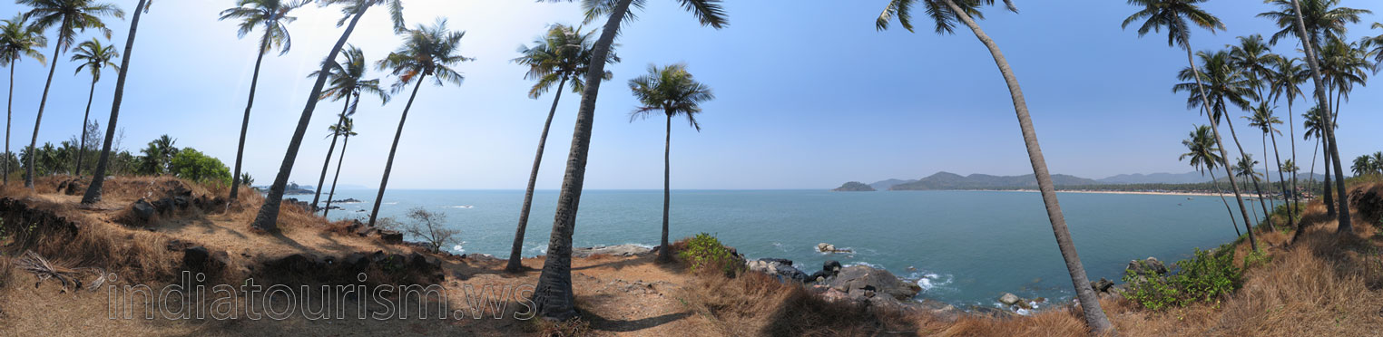 Palolem beach as seen from Pandava's Drums cape