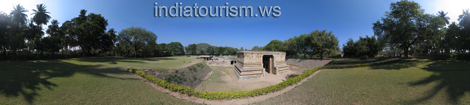 Hampi - Underground Siva Temple