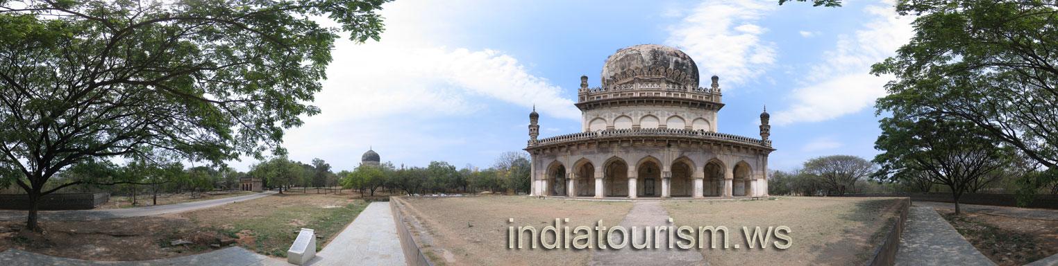 Hyderabad - Qutb Shahi Tombs - Tomb of Abdullah Qutb Shah