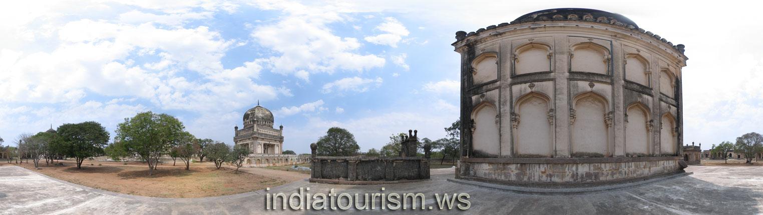 Hyderabad - Qutb Shahi Tombs - Tomb of Ibrahim Qutb Shah IV