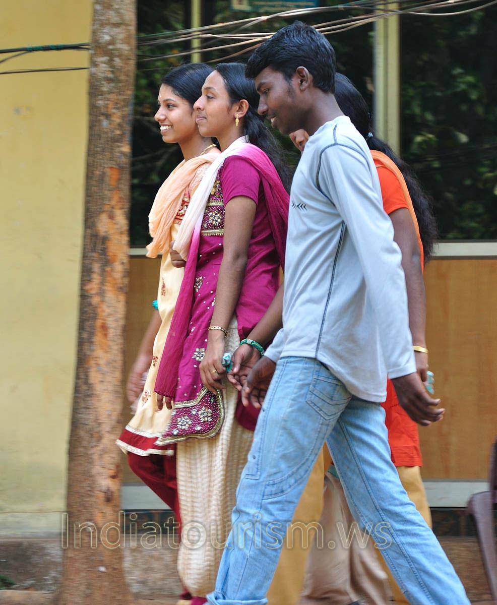 kerala kutti | Tamil Kama Kathaigal - YouTube