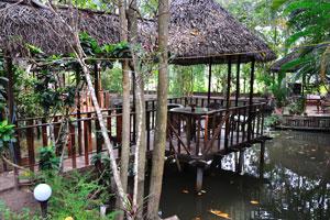 Кафе над водой. Дом отдыха «Эдемский сад»