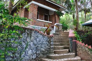 Коттедж на склоне холма - дом отдыха «Эдемский сад»