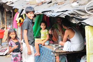Бедные люди на улице
