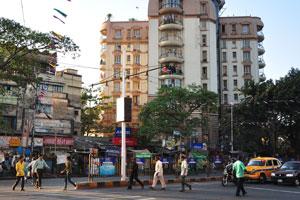 Пешеходный переход через улицу Дешапран Шашмал Роуд