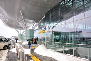 Киев - Борисполь, вход в терминал D
