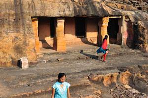Паталапури Гумфа (Пещера 8)