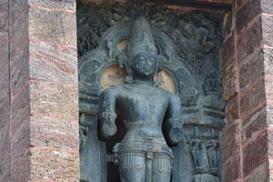 Скульптура сурии - бога солнца в Конарке