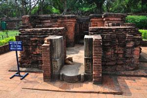 Кирпичный храм