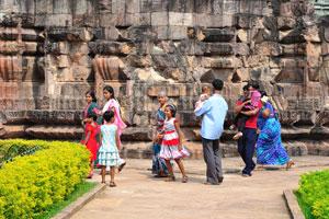 Большая индийская семья в Конарке