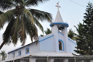 Колокол на вершине здания церкви