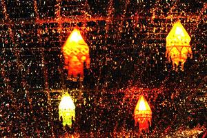 Эти светящиеся фонари были сделаны из ткани