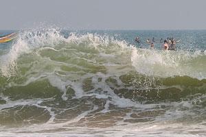 Океан бушует