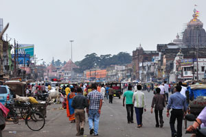 Вид с улицы Бада Данда на храм Джаганнатха
