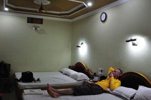 В первой комнате есть две двухместные кровати