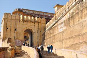 Пешеходный путь в форт