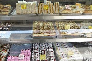 Чоукри Топхана Деш Блок (Казане Валон ка Раста): торты в магазине