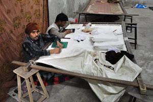 Вышивка и шитьё с металлической нитью
