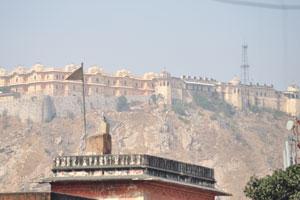 Вид на форт Нахаргар из Чоти Чопад