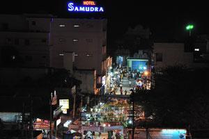 Отель «Самудра» ночью