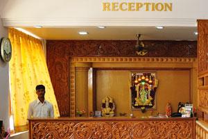 Приёмная отеля «Шивамуруган»
