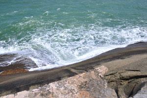 Волны Индийского океана