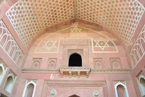 Индуистские символы, круг в центре является основным отличием от звезды Давида