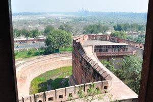 Вид на Тадж Махал из Красного форта