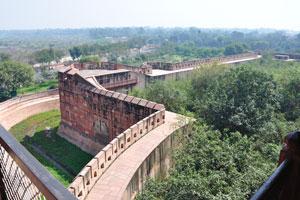 Вид из Джахангири Махал на государственное шоссе № 62
