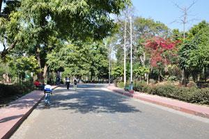 Прогулочная улочка к Тадж-Махалу